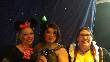 Karneval 2015 Steffi und Anke mit Daphne Dragee
